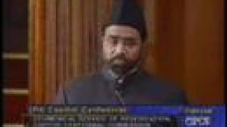 How Ahmadis Present Beautiful & Peaceful Islam to The World