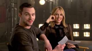 nicholas hoult and charlize theron answer fan questions about mad max fury road