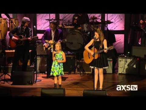 Lennon & Maisy Stella - Ho Hey (Live at Americana Music Honors & Awards) HD