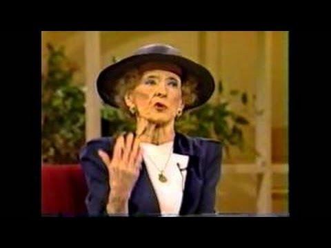 LANA TURNER Full Interview Phil Donahue 1982