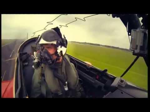 Lewis Hamilton and David Coulthard Meet Top Gun