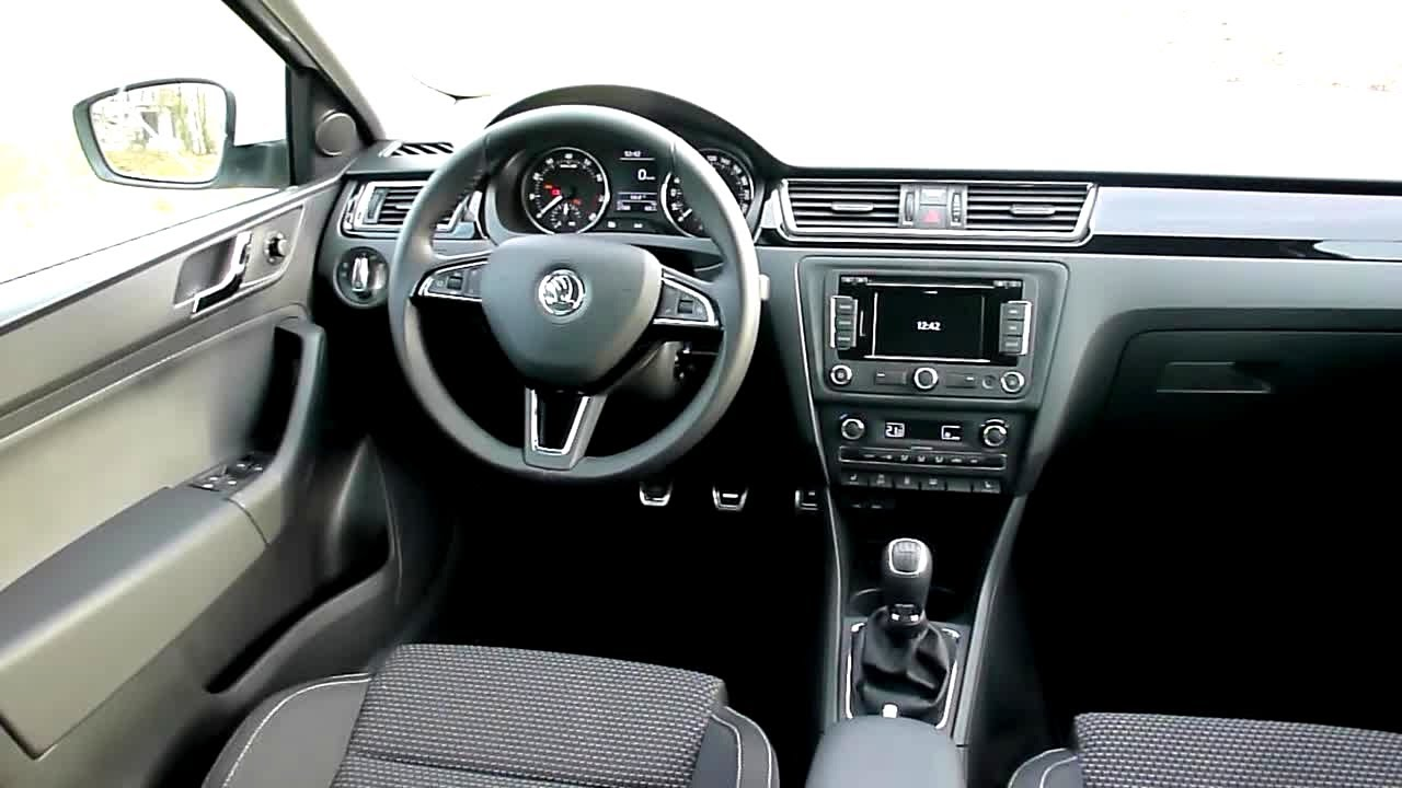 2013 Skoda Rapid Spaceback 1.2 TSI Elegance Interieur in Detail ...