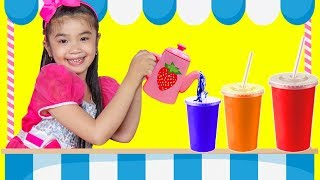 Hana & Cathy Pretend Play with Fruit Smoothie Cardboard Food Store