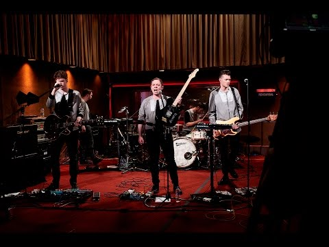 Download Mp3 Everything Everything live from Old Granada Studios online