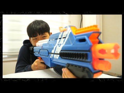 너프전쟁 : 사격대결 [Nerf War : Shooting match] // 코너 Korner
