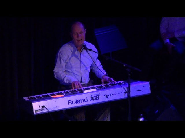 Alan Taylor - Singing  What A Wonderful World -