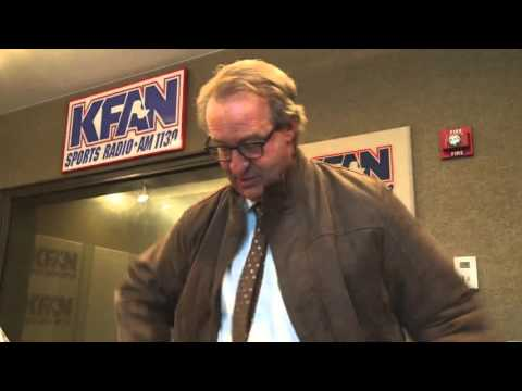 The Common Man - TBT: FOOTAGE: Mark Rosen Gives Away His Notebook After 4/6 Show [VIDEO]