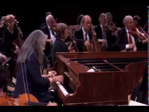 Martha Argerich - Beethoven: Piano Concerto No.1, in C Major, Op.15 (2012)