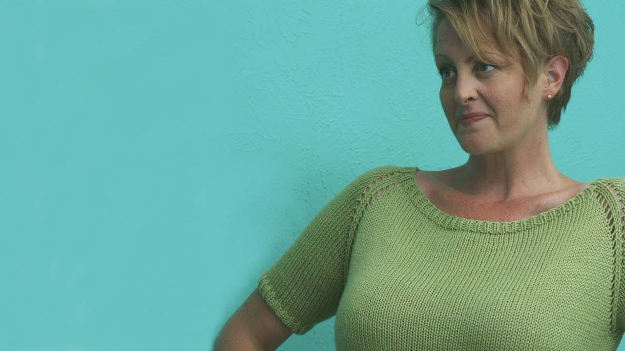 Learn to Knit a Woman\'s Sweater - YouTube