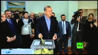 بالفيديو.. أردوغان يدلي بصوته في الانتخابات البرلمانية المبكرة