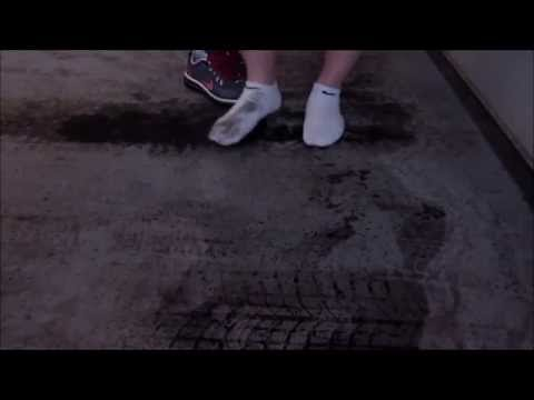 Wet And Dirty Socks Garage Floor Youtube