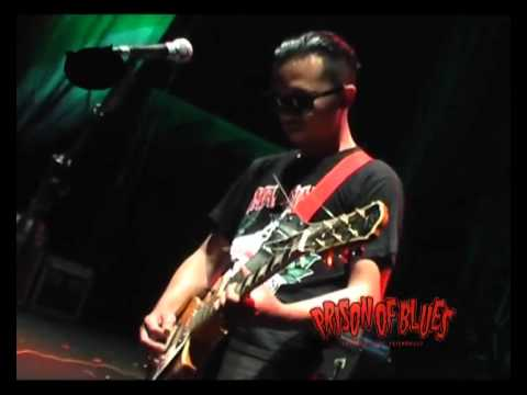 Prison Of Blues - 9 Lives ( Mad Sin Cover ).mp4