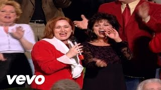 Bill & Gloria Gaither - Looking for a City [Live]