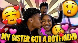 MY SISTER GOT A BOYFRIEND! *Mukbang*