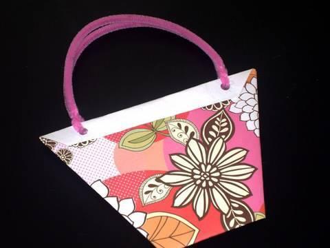 how-to-make-a-craft-gami-gift-paper-bag---ep---simplekidscrafts---simplekidscrafts