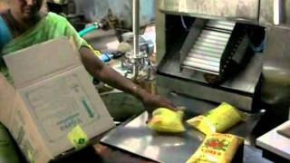 Edible oil pouch packing machine-+91-9848019266