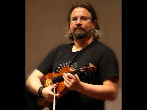 Johann Sebastian Bach - Toccata and fugue in D minor (Marcin Murawski - viola)