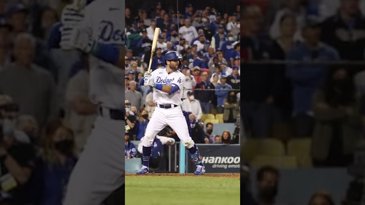 Dodgers walk off Cardinals, will play Giants in NLDS