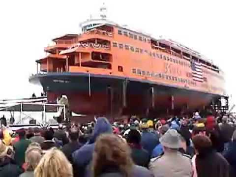 Launching of Staten Island Ferry 12 18 04ship launch)
