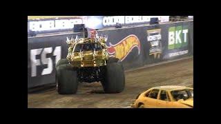 Son uva Digger vs Max D Monster Jam World Finals Racing Round 1 2016