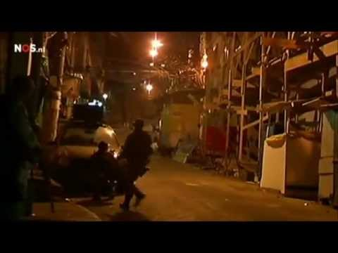 Brazilian police conquers favela Rocinha - Rio de Janeiro, Brazil - 13 Nov 2011 (NOS jeugdjournaal)