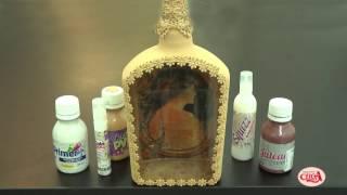 Alciana Rossi transforma uma garrafa de vidro em um porta retrato de lembrança
