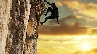 Видео.Удивительные альпинисты.(Это просто блеск, 10 лет упорных тренировок итог, на одних пальцах эти ребята побеждают вершины с самого..., 2015-04-15T19:42:47.000Z)