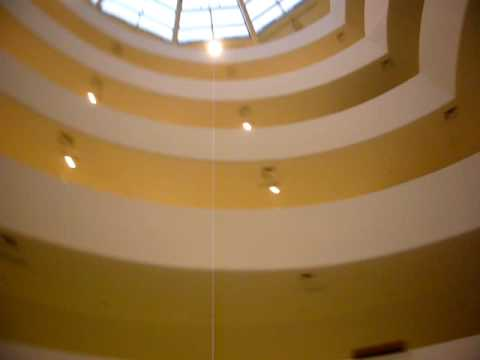天旋地轉的紐約古根漢美術館 Solomon R. Guggenheim Museum