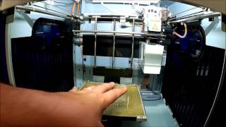 XYZprinting Da Vinci 3D Printer - Preparing the Bed for Printing