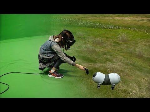 Unes ulleres de realitat virtual que mouen les imatges com si fossin els nostres ulls, situant-nos en un entorn virtual, uns comandaments que són capaços de fer-te notar la tensió d'una corda, el pes, els moviments d'objectes, so espectacularment real i aplicacions infinites.