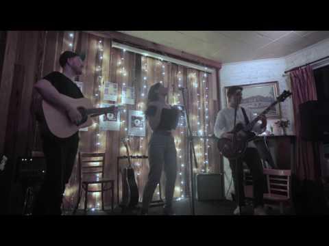 Killing Heidi  . Weir .  Acoustic