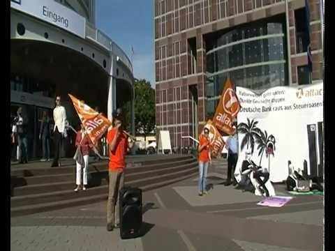 2017-05-18 Aktionen anlässlich der Hauptversammlung der Deutschen Bank vor der Messehalle Frankfurt