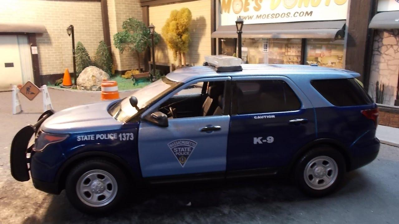 Massachusetts State Police K-9 1/18 scale   MassCops