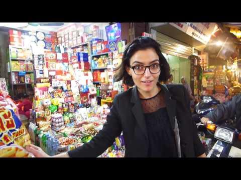L'envoyée spéciale des globe-reporters parcourt le marché de Phoco à Hanoï au Vietnam