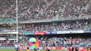 香港セブンス 試合の合間のBON JOVI