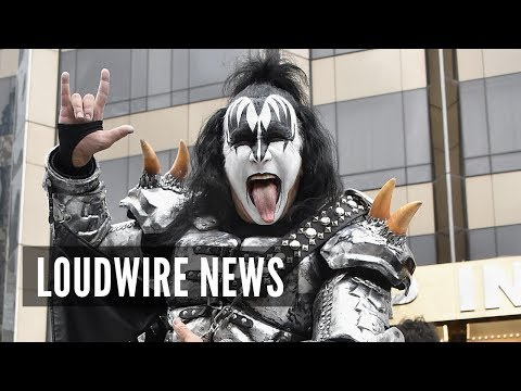 Gene Simmons Gives Up on Trademarking Hand Gesture