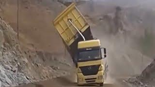 تجميع مقاطع كوارث سائقي الشاحنات في العالم !!