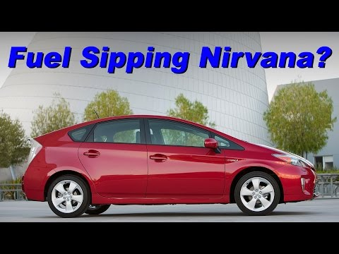 2015 Toyota Prius Liftback Review and Road Test - Detailed in 4K