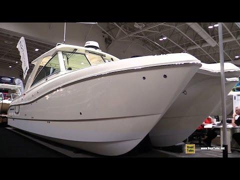 2016 World Cat 320 DC Fishing Catamaran - Walkaround - 2017 Toronto Boat Show
