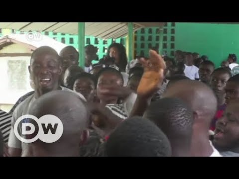 Liberians vote in landmark election | DW English