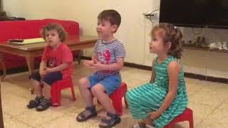 В Музыку Шаг за Шагом: 7 Песенки - попевки