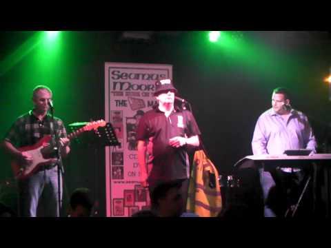 Seamus Moore:LIVE:Joyce Country Band:Mp4/HD