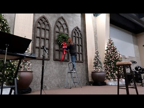 Decorating our Church for Christmas! 🎄❤️// Garden Answer