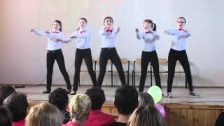 Девчонки :) Танец на День Учителя !