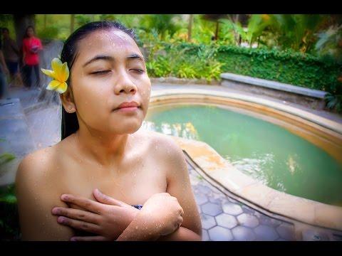 Banjar Holy Hot Springs (North Bali)