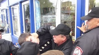 Хрюши против - беззаконие на Москворецком рынке
