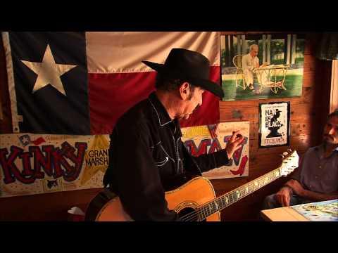 Kinky Friedman Sings his hit: Ride 'em Jewboy
