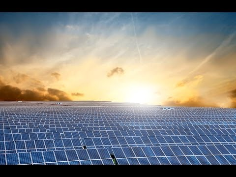 China Builds Largest Solar Plant in World While US Falls Behind