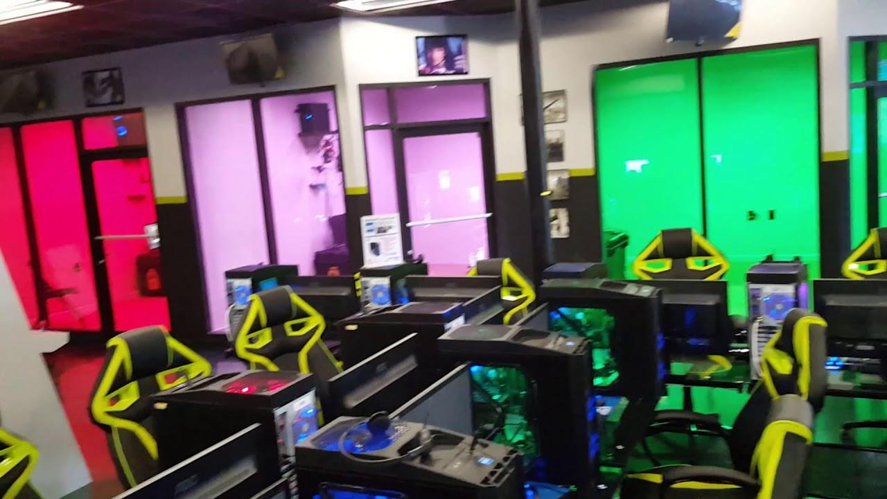 R S Realm Video Arcade In Vero Beach