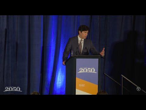 Senate Pro Tem Kevin De León Accepts Pathway Pioneer Award 2016